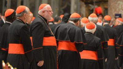 cardenales-conclave-San-Pedro-AFP_TINIMA20130307_0418_18