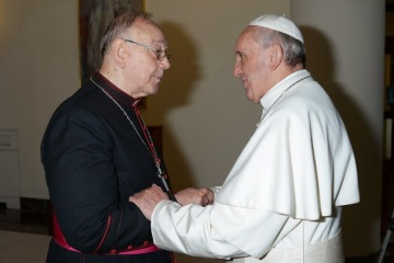 El Papa junto a D. Fernando Sebastian