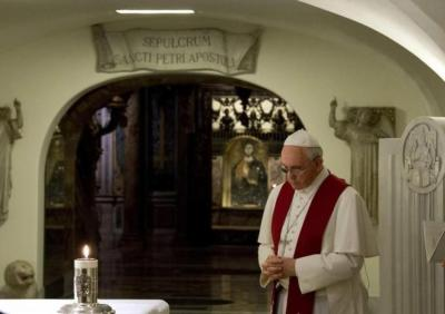 Papa Francisco grutas vaticanas