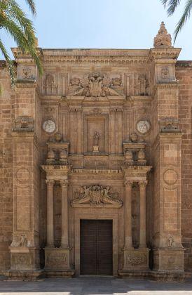 Entrée_de_la_Cathédrale,_Almeria,_Espagne