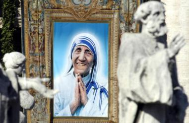 Mother Teresa Beatified By Pope John Paul II