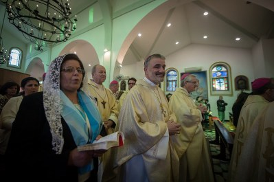 reunion obispos tierra santa