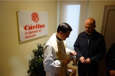caritas Almazán