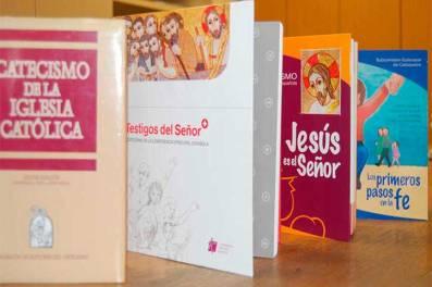 2017_catequesis_catecismos_cee