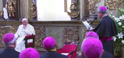1-cile-papa-vescovi-saluto
