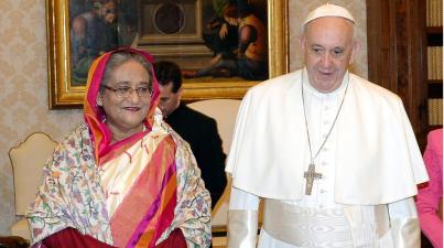 bangladesh_hasina_papa_vaticano